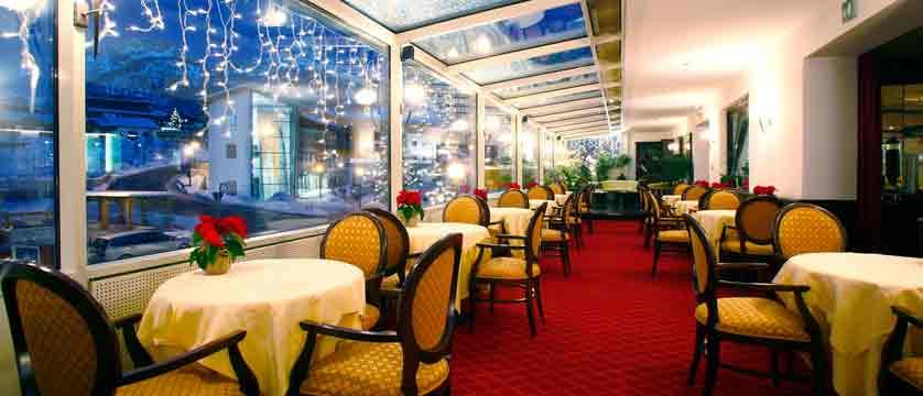 italy_dolomites_selva_hotel-oswald_restaurant.jpg